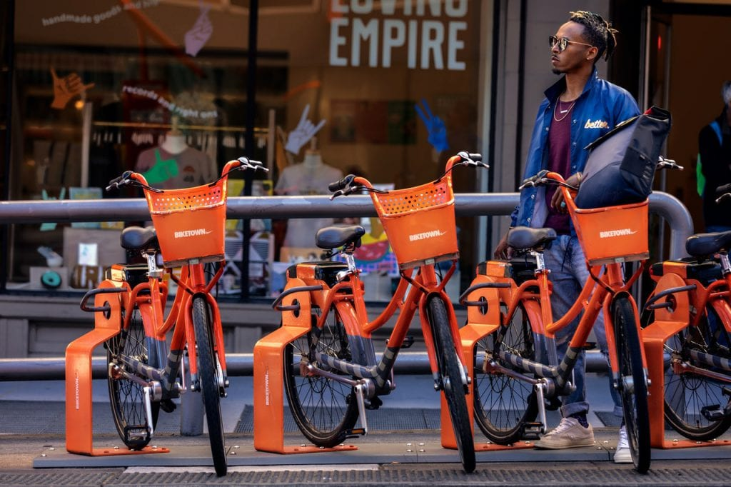bike share program bikes